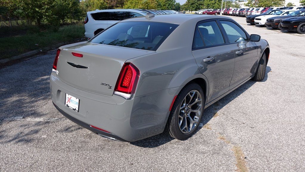 2018 chrysler 300c. unique 300c new 2018 chrysler 300 s for chrysler 300c